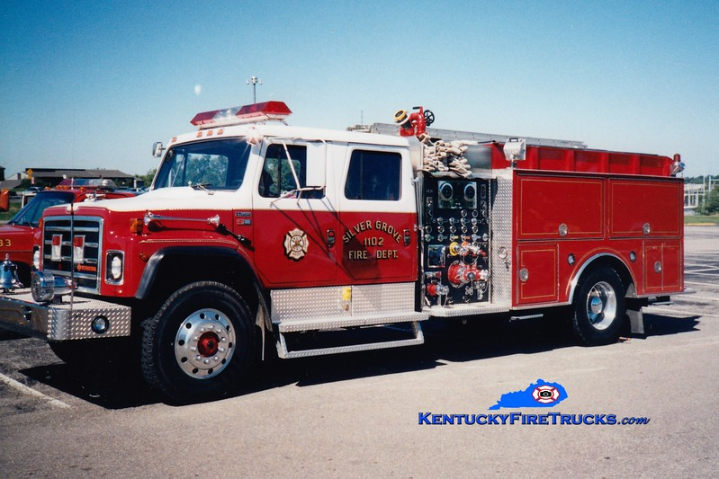 <center> RETIRED <br> Silver Grove  Engine 1102  <br> 1988 International/S&S 1000/1000 <br> Greg Stapleton photo </center>