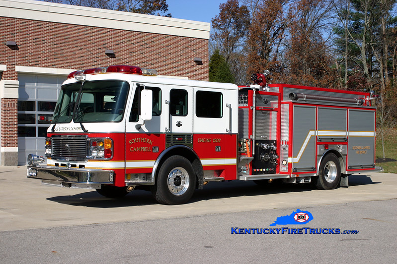 <center> Southern Campbell  Engine 1202  <br> 2002 American LaFrance Eagle 1500/1000 <br> Kent Parrish photo </center>