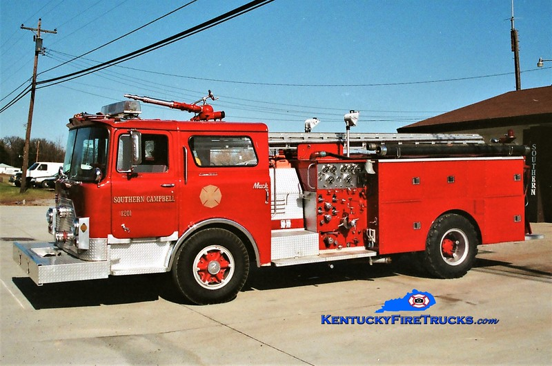 RETIRED<br /> Southern Campbell Engine 1201<br /> 1970 Mack CF/1981 Summit 1500/500<br /> Greg Stapleton photo