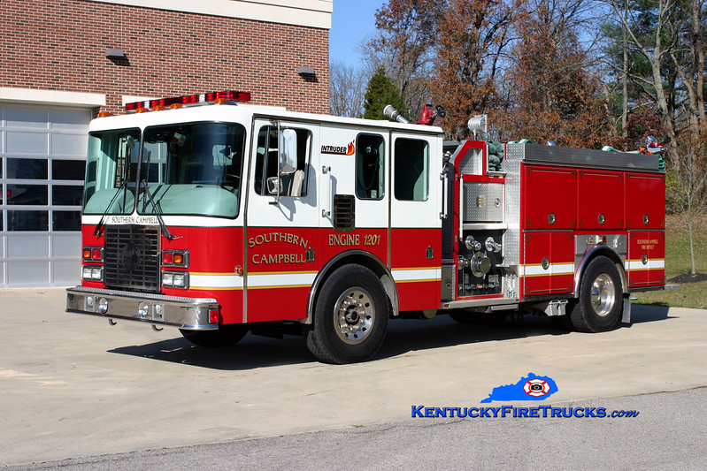 <center> Southern Campbell  Engine 1201  <br> 1992 HME/Ferrara Intruder 1250/1000 <br> Kent Parrish photo </center>
