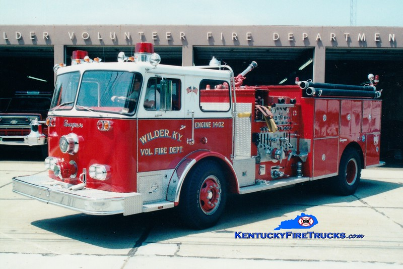<center> RETIRED <br> Wilder  Engine 1402 <br> 1976 Seagrave PB 1500/750 <br> Greg Stapleton photo </center>