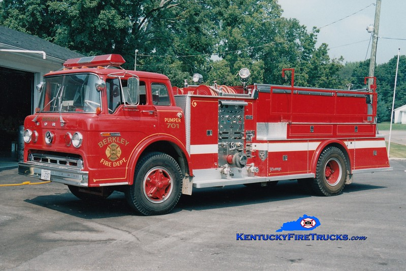 <center> RETIRED <br> Berkley  Engine 701 <br> x-Nunda, NY <br> 1973 Ford C/Young 750/1000 <br> Greg Stapleton photo </center>