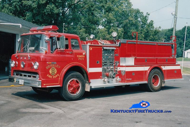 <center> RETIRED <br> Berkley  Engine 701 <br> x-Nunda, NY <br> 1973 Ford C/Young 750/1000 <br> Greg Stapleton photo </center>
