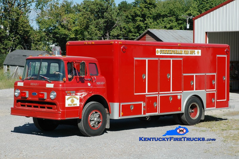 <center> Cunningham  Squad 1  <br> x-Paducah Gaseous Diffusion Plant, KY <br> 1984 Ford C-800/Southern Ambulance <br> Greg Stapleton photo </center>