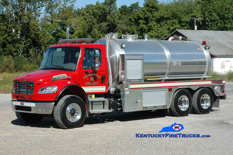 <center> Cunningham  Tanker 603  <br> 2009 Freightliner M2-112/E-One Water Master 0/3500 <br> Greg Stapleton photo </center>