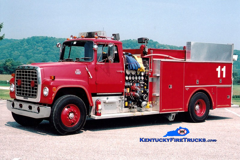 <center> RETIRED <br> Dow Corning  Engine 11  <br> x-Midland, MI <br> 1982 Ford L/Grumman 1000/500/300F <br> Greg Stapleton photo </center>