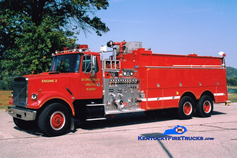 <center> Dow Corning  Engine 2  <br> 1990 White-GMC/National Foam 2000/1000/2000F <br> Greg Stapleton photo </center>