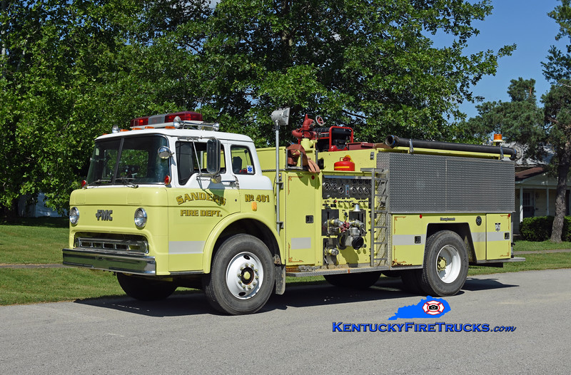 Sanders Engine 401<br /> x-Ghent, KY<br /> 1985 Ford C-8000/FMC 750/1000<br /> Kent Parrish photo