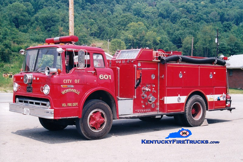 <center> RETIRED <br> Worthville  Engine 601  <br> x-Lawrence, IN <br> 1977 Ford C/Grumman-Howe 1000/800 <br> Greg Stapleton photo </center>