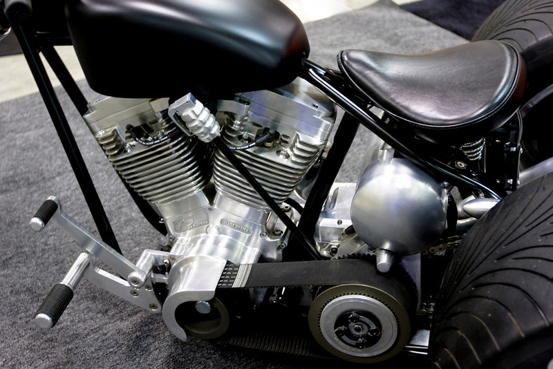 Dig the shift lever!