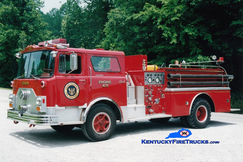 <center> RETIRED  <br> Grahn  Engine 411  <br> x-FDNY <br> 1972 Mack CF 1000/500 <br> Greg Stapleton photo </center>
