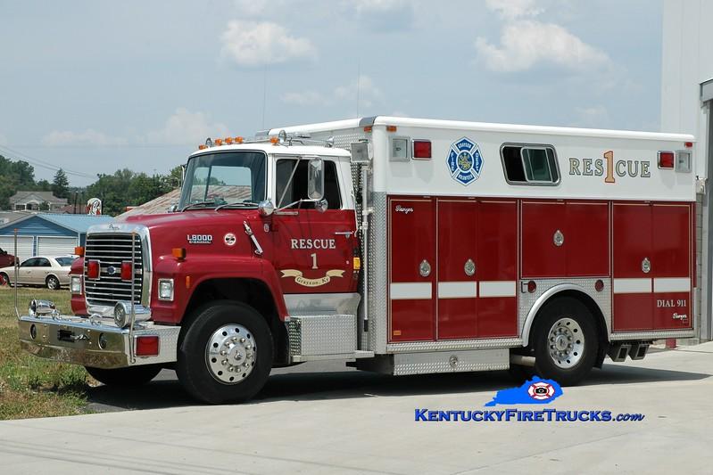 <center> RETIRED <br> Grayson  Rescue 1 <br> x-Alexandria, KY <br> 1990 Ford L8000/Ranger <br> Greg Stapleton photo </center>