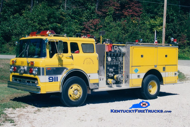 <center> RETIRED <br> Norton Branch  Engine 351  <br> x-Warren Twp, IN <br> 1983 Ford C/Pierce 1000/750  <br> Greg Stapleton photo </center>