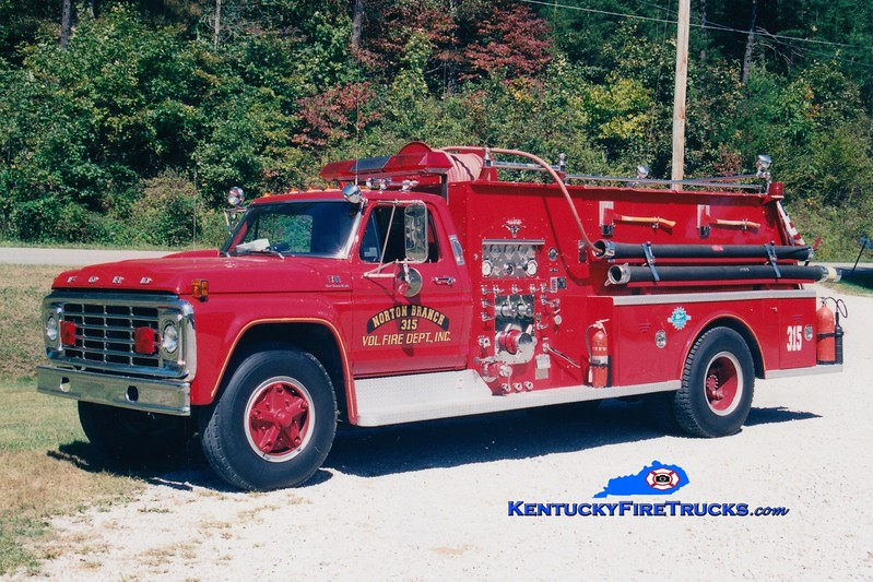 <center> RETIRED <br> Norton Branch  Engine 315  <br> x-Cannonsburg, KY <br> 1975 Ford F-750/Allegheny 750/1000 <br> Greg Stapleton photo </center>