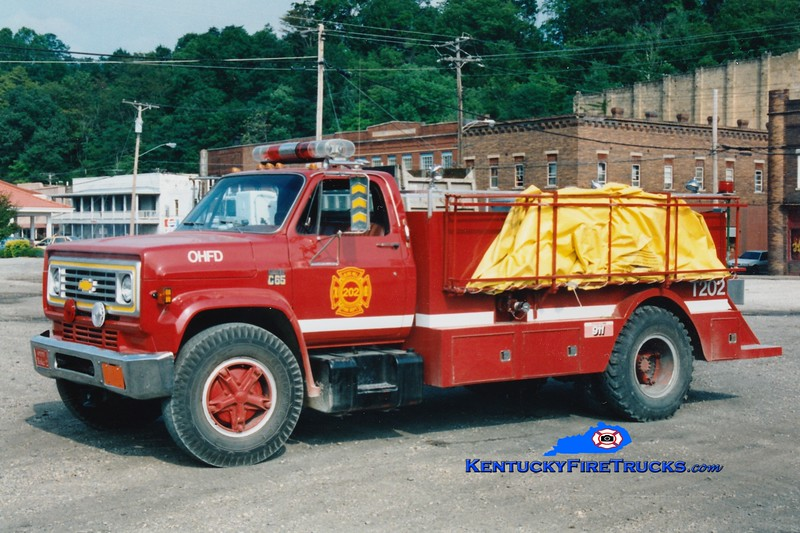 <center> RETIRED <br> Olive HIll  Tanker 2 <br> 1982 Chevy C65/1994 Montgomery 0/2000<br> Greg Stapleton photo </center>