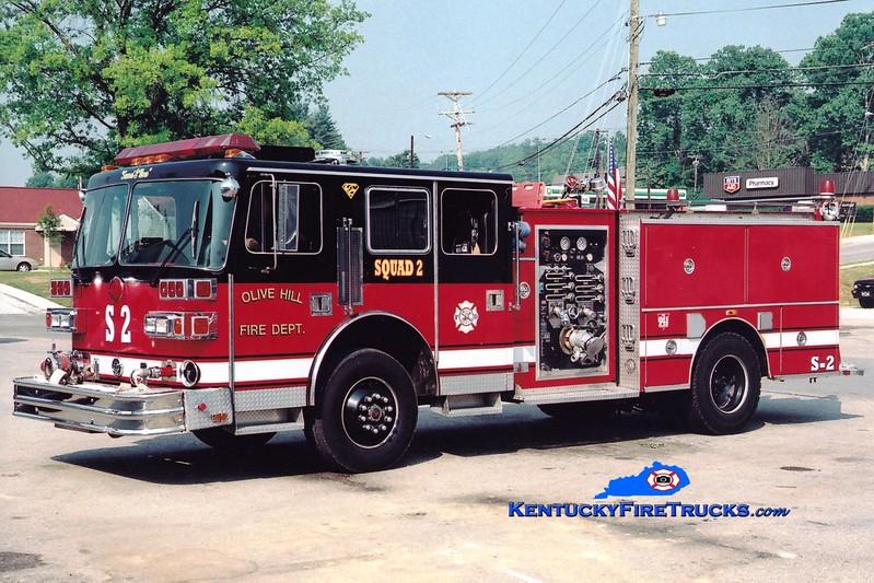 <center> RETIRED <br> Olive Hill  Squad 2 <br> x-Cincinnati, OH <br> 1993 Sutphen Deluge 1250/300 <br> Greg Stapleton photo </center>