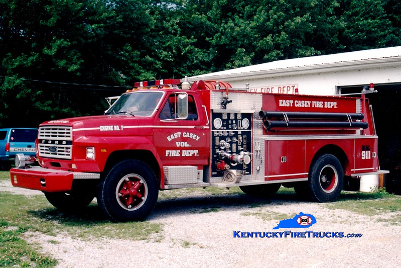 <center> RETIRED <br> East Casey  Engine 7 <br> 1980 Ford F/Pierce 750/1000 <br> Greg Stapleton photo </center>