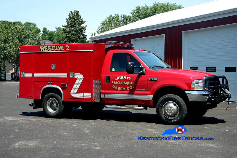 <center> Liberty-Casey County Rescue Squad  Rescue 2 <br> 2004 Ford F-350 4x4/Wynn   <br> Kent Parrish photo </center>