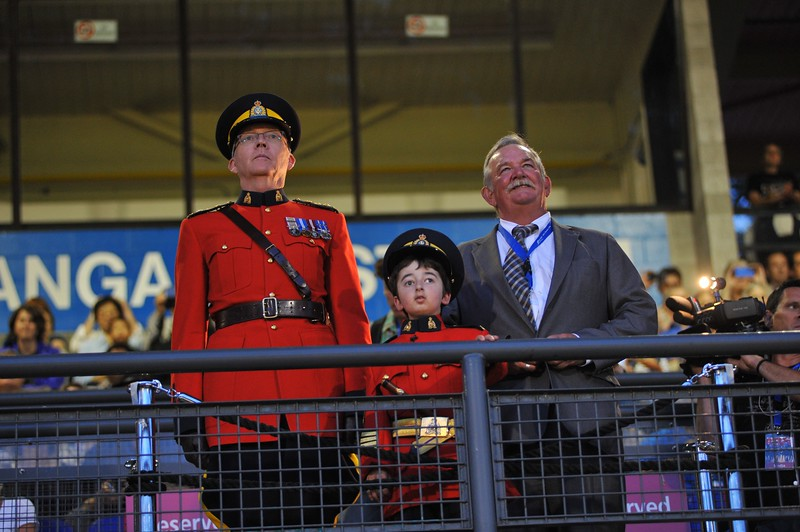 Chief Supt. Dave Critchley, Hon Staff Sgt. Major Casey Wright and Mayor Derek Corrigan at the RCMP Musical Ride