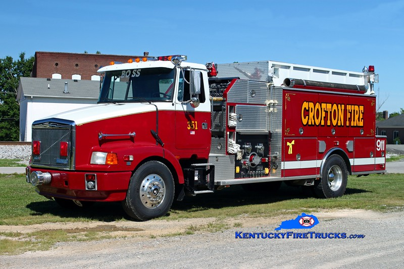 <center> Crofton  Engine 351  <br> x-Plainfield Twp, MI <br> 1992 White-GMC-Volvo/Beck 1500/1500 <br> Kent Parrish photo </center>