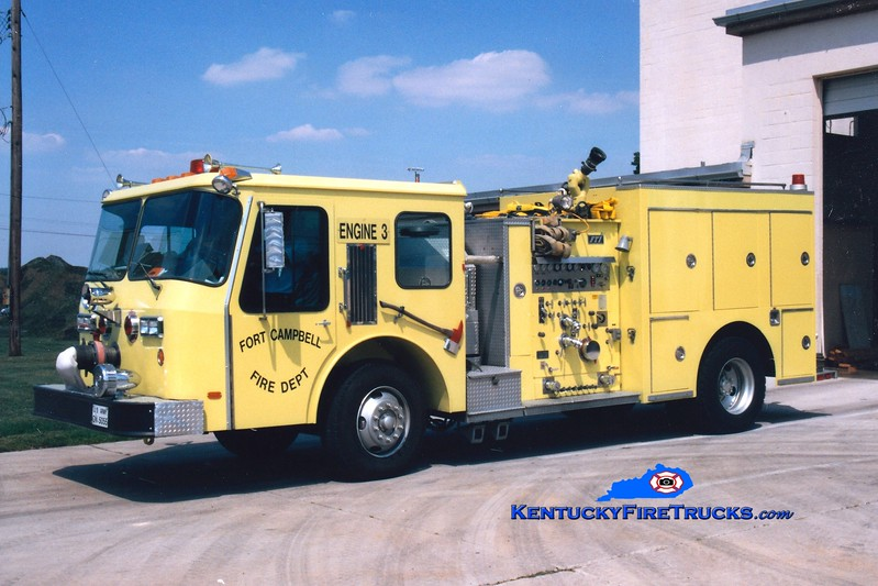 <center> RETIRED <br> Fort Campbell  Engine 3  <br> 1989 E-One Cyclone/FTI 1000/500 <br> Greg Stapleton photo </center>
