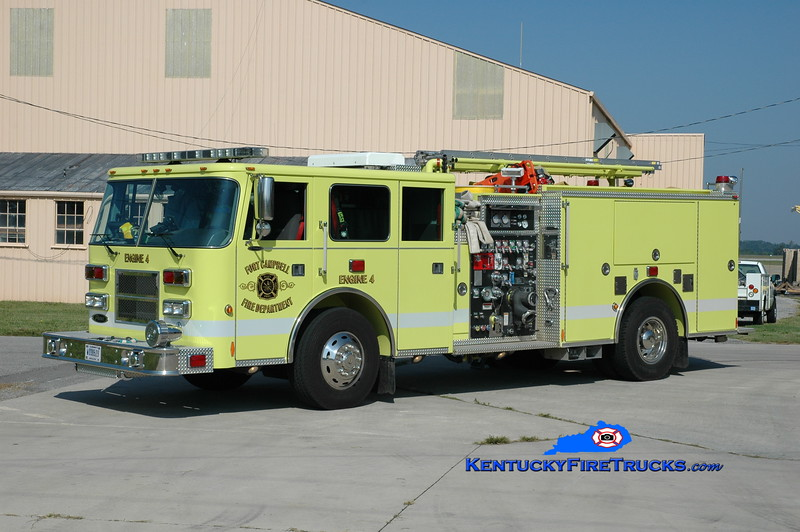 <center> Fort Campbell  Engine 40  <br> x-Engine 4 <br> 2008 Pierce Arrow 1250/750 <br> Greg Stapleton photo </center>