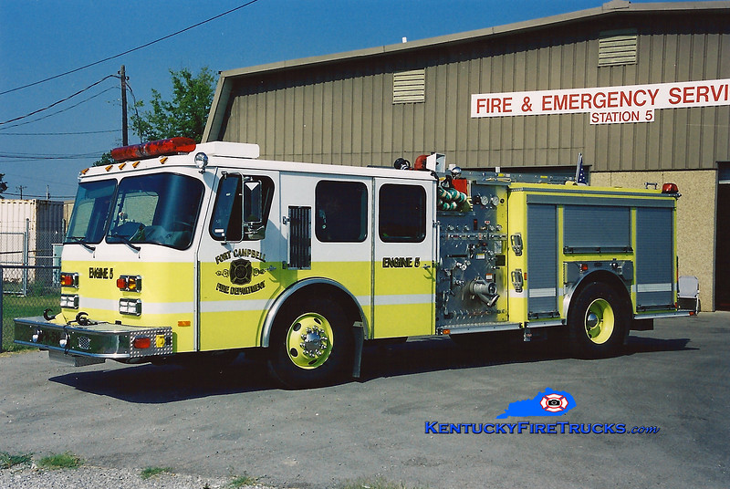 <center> RETIRED <BR> Fort Campbell  Engine 5  <br> 2003 E-One Hurricane 1000/500 <br> Greg Stapleton photo </center>