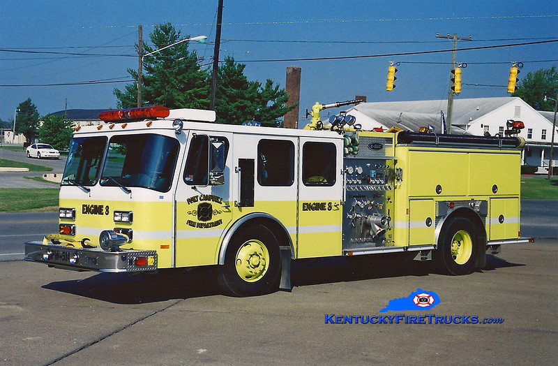 <center> RETIRED <BR> Fort Campbell  Engine 3  <br> 2001 E-One Hurricane 1000/500 <br> Greg Stapleton photo </center>