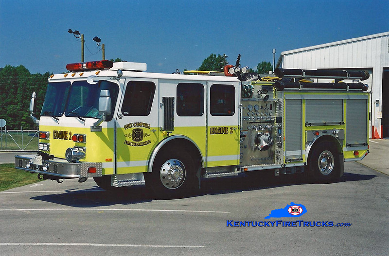 <center> REASSIGNED <br> Fort Campbell  Engine 2  <br> 2001 E-One Hurricane 4x4 1000/500/40 <br> Greg Stapleton photo </center>