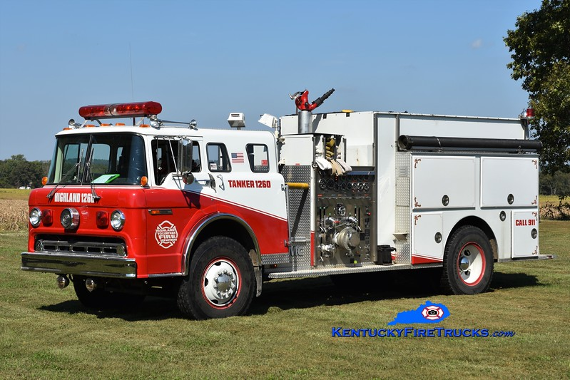 Highland  Tanker 1260<br /> x-Bedford Road, MD <br /> 1989 Ford C-8000/FMC 1250/1500<br /> Greg Stapleton photo