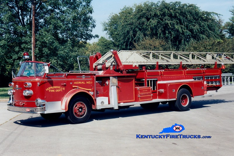 <center> RETIRED <br> Hopkinsville  Ladder 1 <br> 1960 American LaFrance 900 Series 75' <br> Greg Stapleton photo </center>