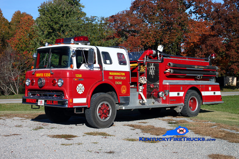 <center> RETIRED <br> Mannington  Engine 1350  <br> x-Penfield, NY; South Hopkins, KY <br> 1977 Ford C-8000/Young 1000/750 <br> Kent Parrish photo </center>