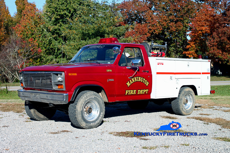 <center> RETIRED <br> Mannington  Brush 1370  <br> 1985 Ford F-350 4x4/Knapheide/CET 250/250 <br> Kent Parrish photo </center>