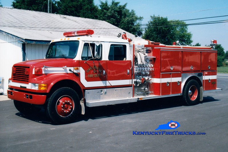 <center> Oak Grove Engine 255 <br> 1993 International 4900/E-One 1250/1000 <br> Greg Stapleton photo </center>