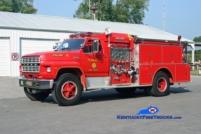 <center> RETIRED <br> Pembroke  Engine 1754  <br> 1980 Ford F-800/Bean-FMC 750/750 <br> Kent Parrish photo </center>