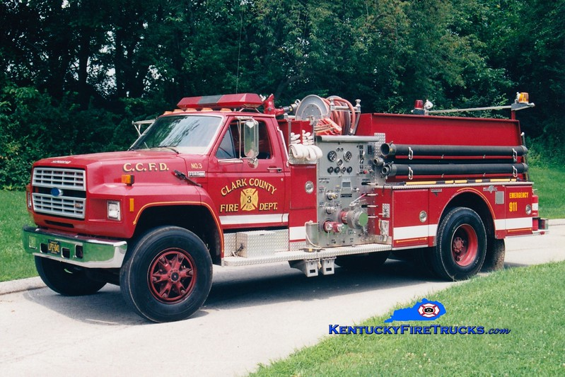 <center> RETIRED <br> Clark County  Engine 3  <br> 1986 Ford F-800/Grumman 1000/750 <br> Greg Stapleton photo </center>