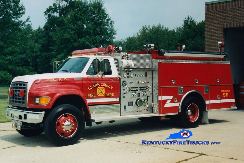 <center> RETIRED <br> Clark County  Engine 2  <br> 1996 Ford F-800/KME 1250/1250 <br> Greg Stapleton photo </center>