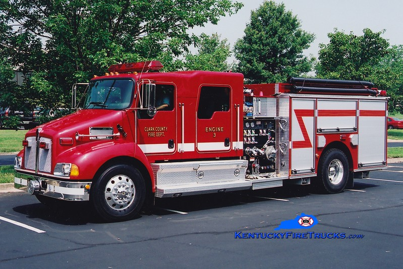 <center> Clark County  Engine 3  <br> 2006 Kenworth T-300/Pierce 1250/1000 <br> Greg Stapleton photo </center>