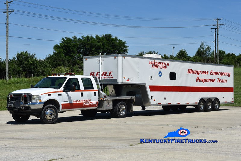 Winchester  BERT<br /> 2004 Ford F-550/East Tennessee Trailers<br /> Greg Stapleton photo
