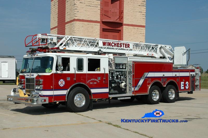 <center> Winchester  Reserve Engine 3  <br> 2000 Pierce Dash 2000/500/75'  <br> Greg Stapleton photo </center>