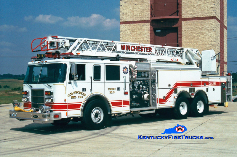 <center> REFURBISHED <br> Winchester  Engine 3  <br> 2000 Pierce Dash 2000/500/75'  <br> Greg Stapleton photo </center>