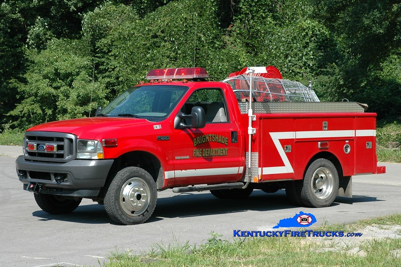 <center> Bright Shade  Unit 1 <br> 2003 Ford F-550 4x4/Warner Bodies/Wynn 250/275 <br> Greg Stapleton photo </center>