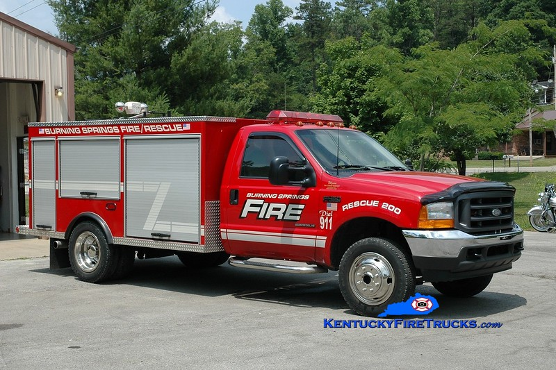 <center> Burning Springs  Rescue 200 <br> 2001 Ford F-450 4x4/Wynn <br> Greg Stapleton photo </center>