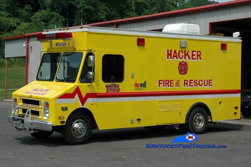<center> RETIRED <br> Hacker  Rescue 1 <br> 1986 GMC/Grumman-Olson <br> Greg Stapleton photo </center>