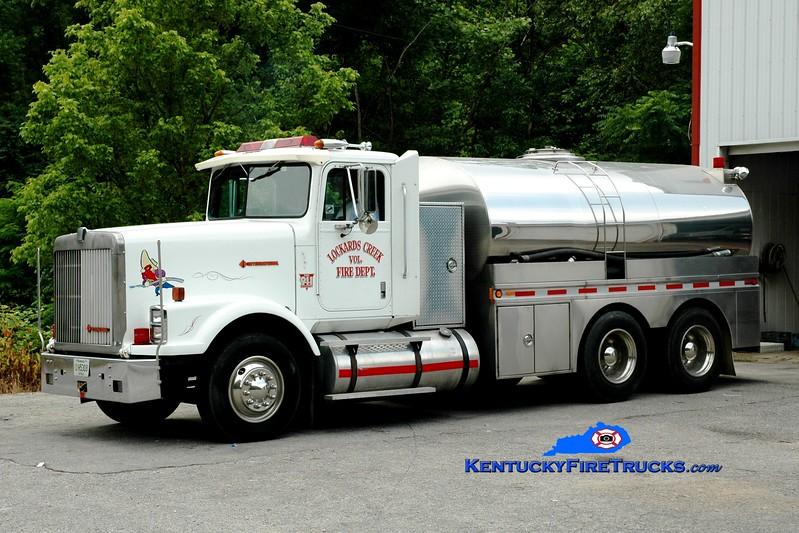 <center> RETIRED <BR> Lockards Creek  Tanker 1<br> 1987 International/Bluegrass 250/3200 <br> Greg Stapleton photo </center>