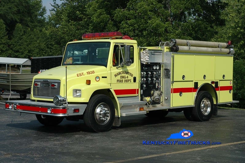 <center> Manchester  Engine 4 <br> 1997 Freightliner FL80/Pierce 1250/1000 <br> Greg Stapleton photo </center>