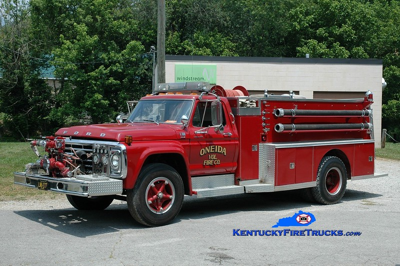 <center> RETIRED <br> Oneida  Engine 2 <br> 1980 Ford F-700/American  750/1000<br> Greg Stapleton photo </center>
