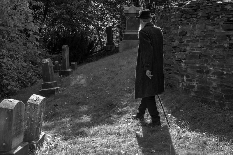 L graveyard walk bw