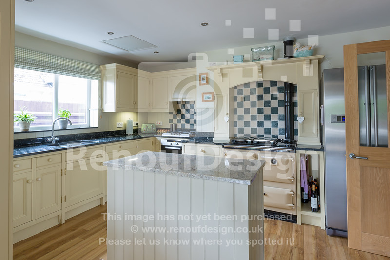17 - Four Bedroom New Forest Chalet Bungalow with Annexe and Garden Room - For Sale