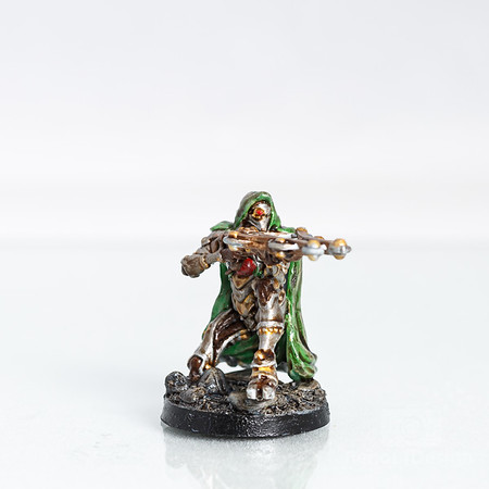04 - 3D printed and hand painted fantasy 28mm scale minature